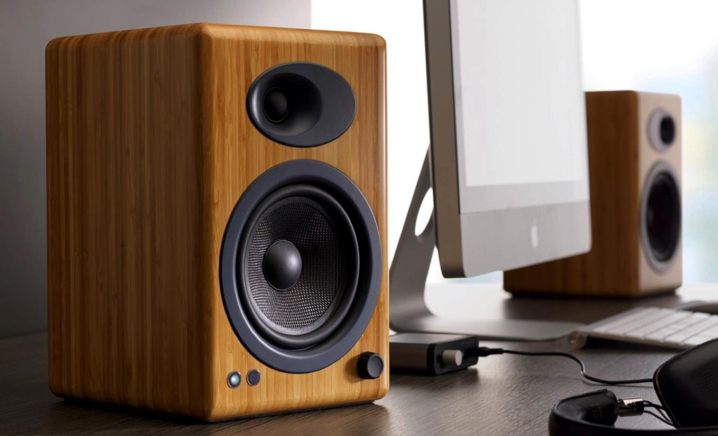 Top 4 Best Bookshelf Speakers Under 150 In 2018 2019